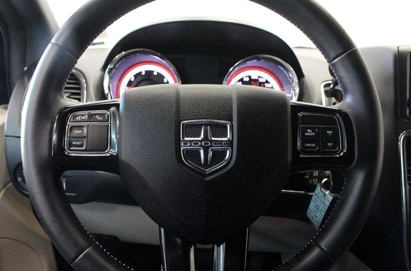 2019 Dodge Grand Caravan Premium Plus Power Sliding Doors DVD in Regina, Saskatchewan - 6 - w1024h768px
