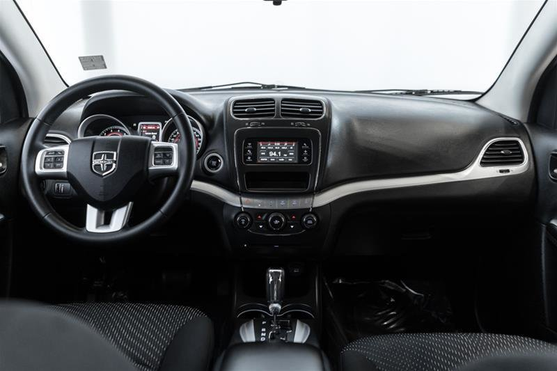 2014 Dodge Journey SXT / Limited in Langley, British Columbia - 31 - w1024h768px