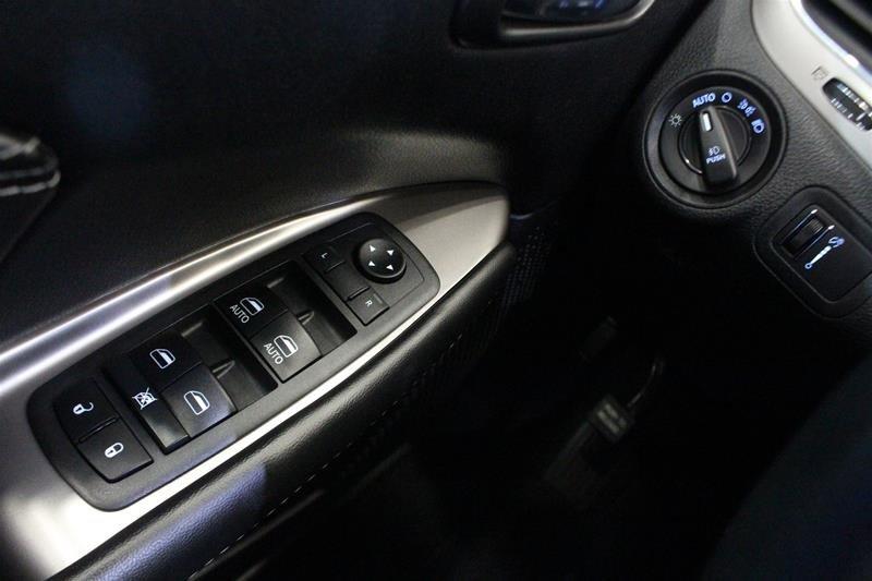 2018 Dodge Journey Crossroad AWD in Regina, Saskatchewan - 3 - w1024h768px