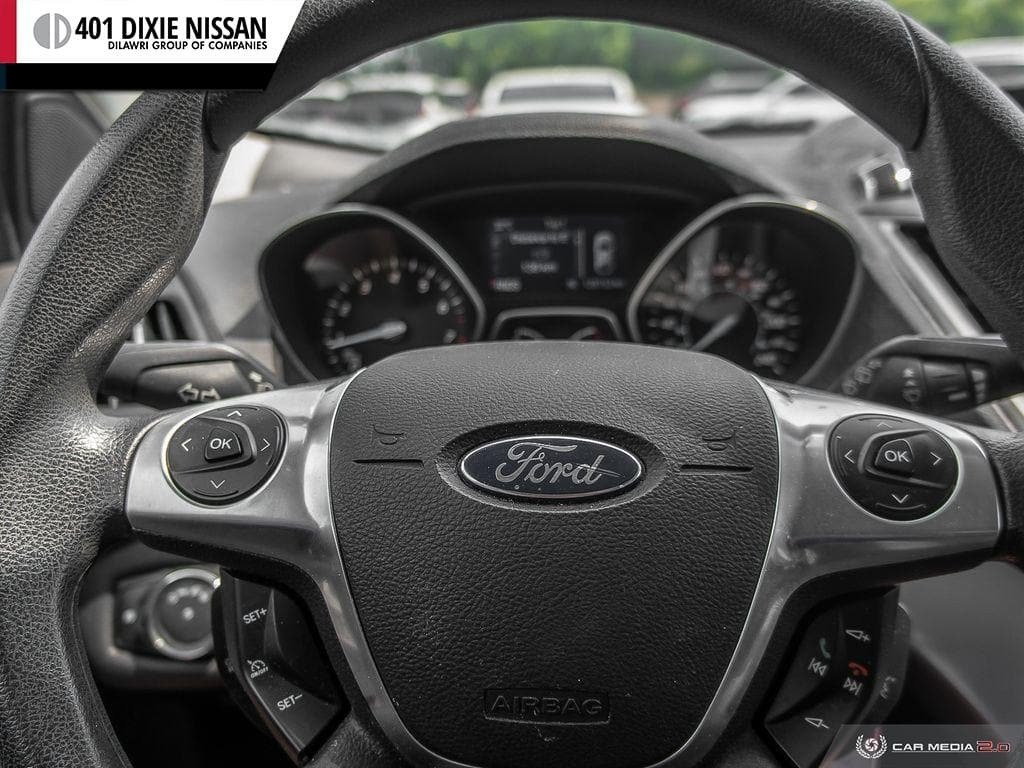 2013 Ford Escape SE FWD in Mississauga, Ontario - 14 - w1024h768px