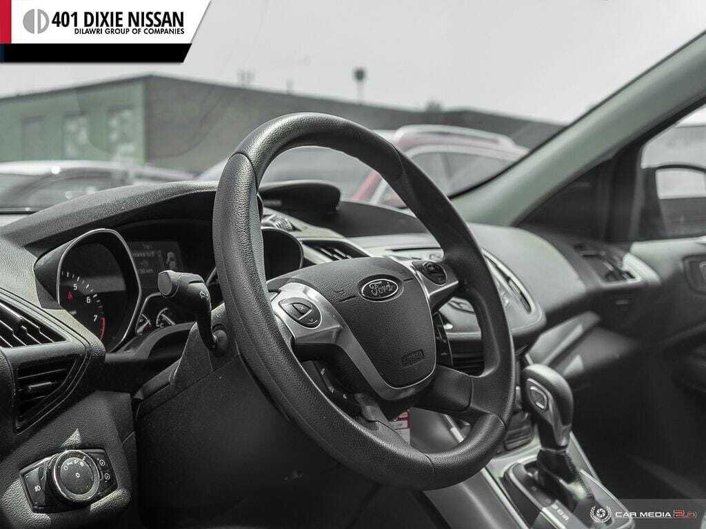 2013 Ford Escape SE FWD in Mississauga, Ontario - 13 - w1024h768px