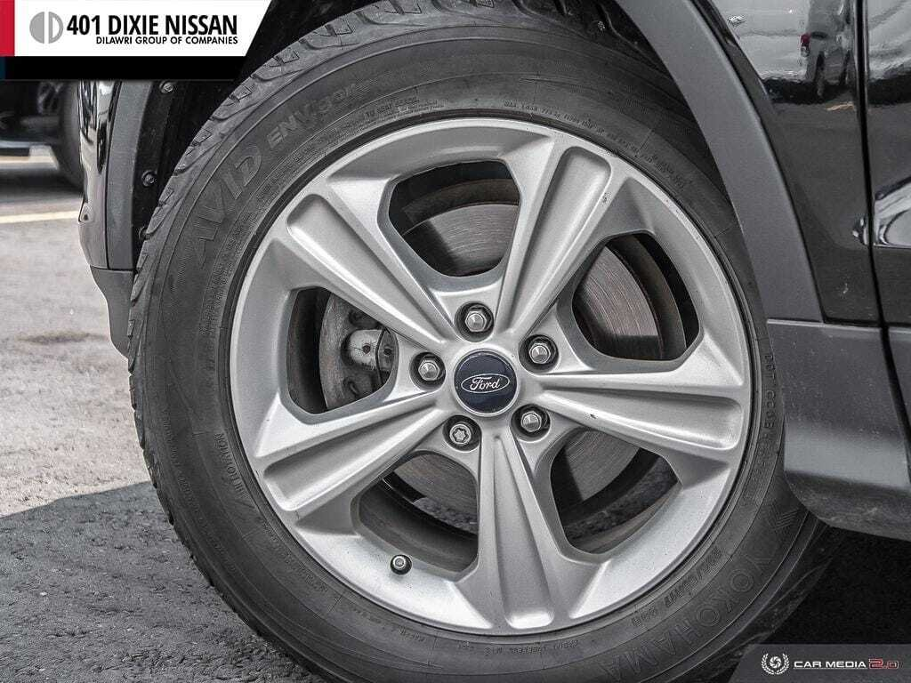 2013 Ford Escape SE FWD in Mississauga, Ontario - 6 - w1024h768px