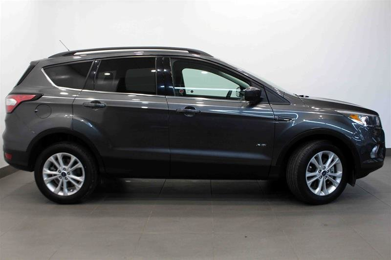 2017 Ford Escape SE - 4WD in Regina, Saskatchewan - 1 - w1024h768px
