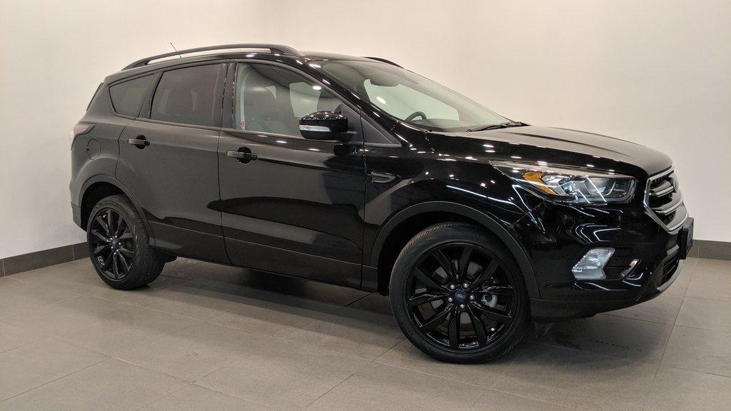 2017 Ford Escape Titanium - 4WD in Regina, Saskatchewan - 1 - w1024h768px