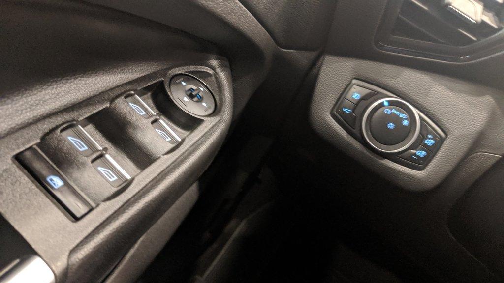 2017 Ford Escape Titanium - 4WD in Regina, Saskatchewan - 3 - w1024h768px