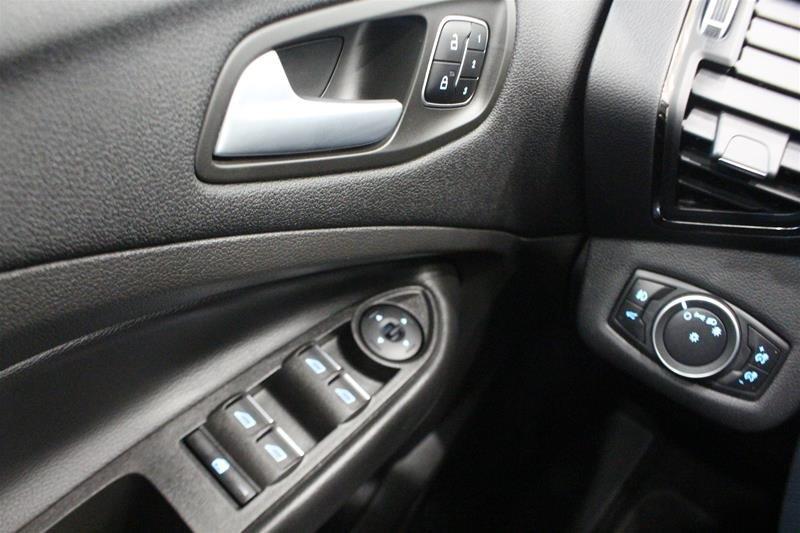 2018 Ford Escape Titanium - 4WD in Regina, Saskatchewan - 3 - w1024h768px