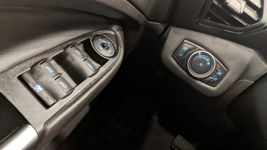 2018 Ford Escape SEL - 4WD in Regina, Saskatchewan - 3 - w1024h768px