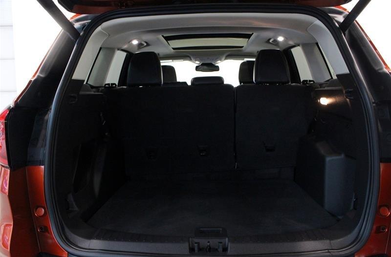 2019 Ford Escape SEL - 4WD in Regina, Saskatchewan - 17 - w1024h768px