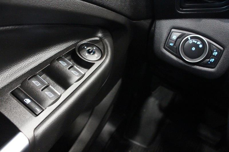 2019 Ford Escape SEL - 4WD in Regina, Saskatchewan - 3 - w1024h768px