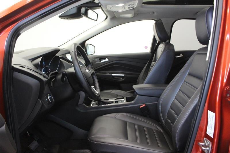 2019 Ford Escape SEL - 4WD in Regina, Saskatchewan - 10 - w1024h768px