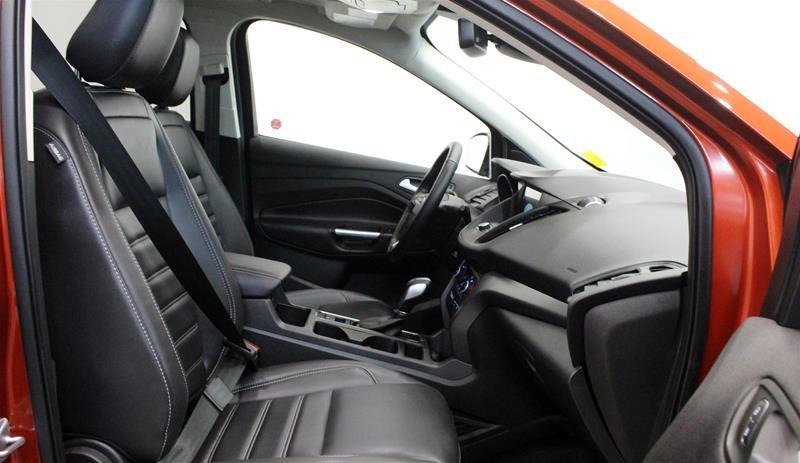 2019 Ford Escape SEL - 4WD in Regina, Saskatchewan - 15 - w1024h768px