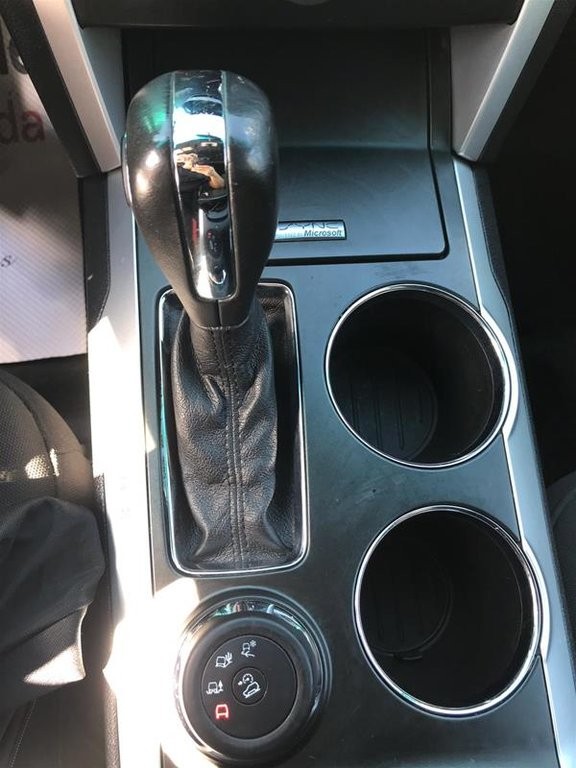 2011 Ford Explorer XLT 4D Utility V6 FWD in Mississauga, Ontario - 12 - w1024h768px