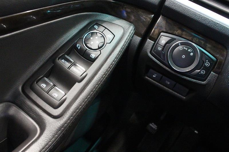 2012 Ford Explorer Limited 4D Utility V6 4WD in Regina, Saskatchewan - 3 - w1024h768px