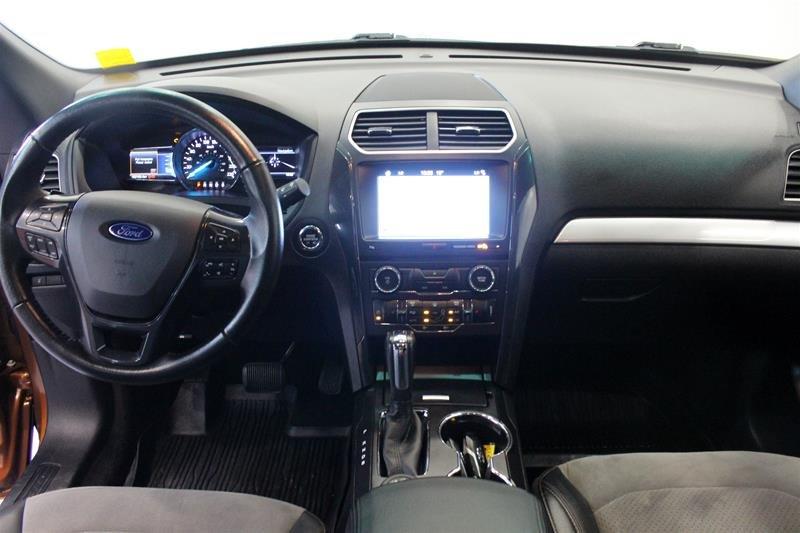 2017 Ford Explorer XLT - 4WD in Regina, Saskatchewan - 13 - w1024h768px