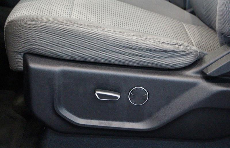 2015 Ford F150 XLT Supercrew 5.0L V8 Alloy Wheels, Power Seat in Regina, Saskatchewan - 10 - w1024h768px