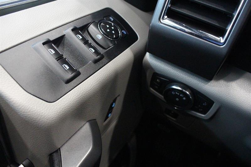 2015 Ford F150 XLT Supercrew 5.0L V8 Alloy Wheels, Power Seat in Regina, Saskatchewan - 3 - w1024h768px
