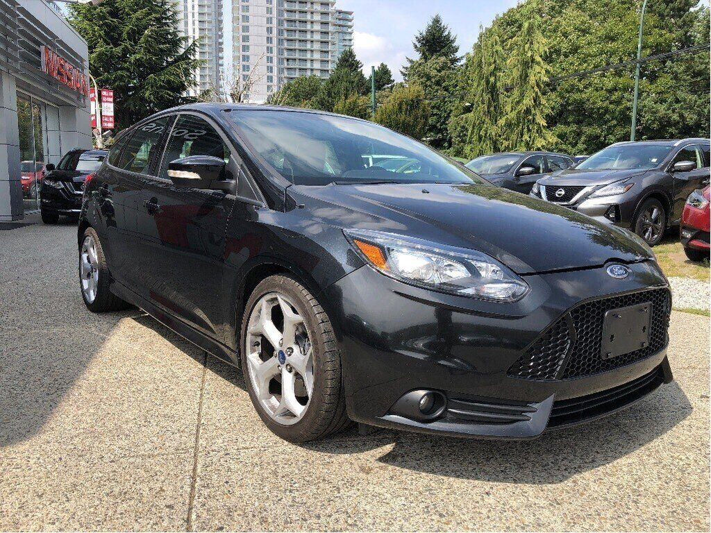 2013 Ford Focus ST Hatch in Vancouver, British Columbia - 3 - w1024h768px
