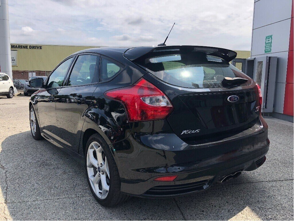 2013 Ford Focus ST Hatch in Vancouver, British Columbia - 7 - w1024h768px