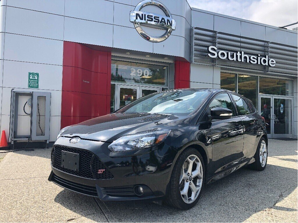 2013 Ford Focus ST Hatch in Vancouver, British Columbia - 1 - w1024h768px