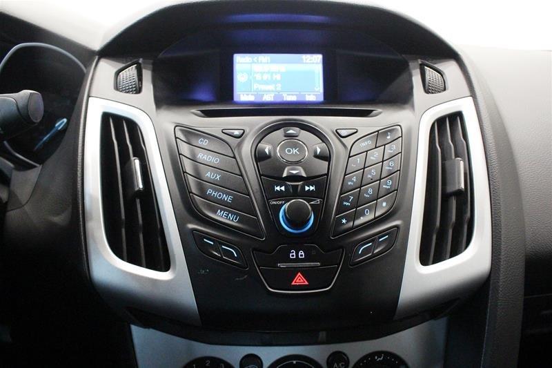 2013 Ford Focus SE 4D Sedan in Regina, Saskatchewan - 6 - w1024h768px