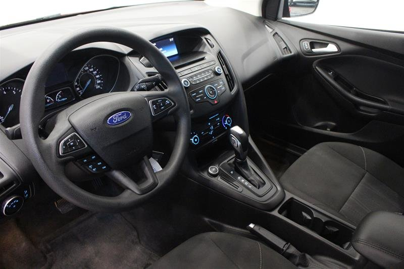 2016 Ford Focus Hatchback SE in Regina, Saskatchewan - 9 - w1024h768px