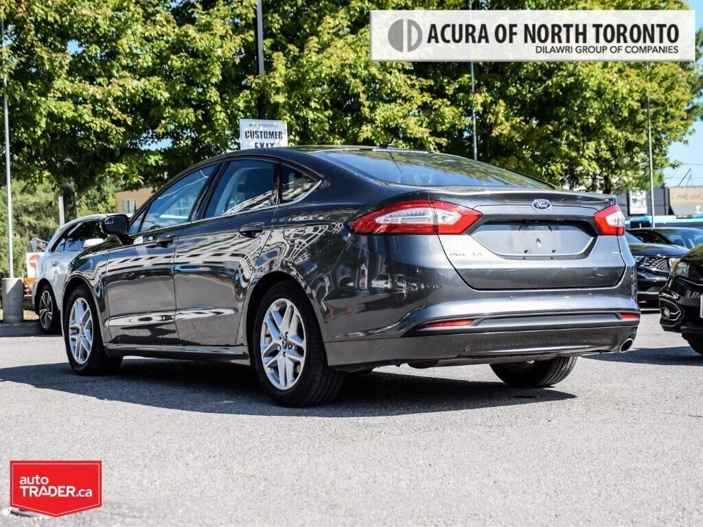 2016 Ford Fusion SE FWD in Thornhill, Ontario - 3 - w1024h768px