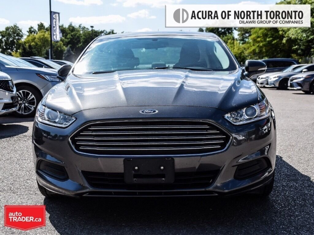 2016 Ford Fusion SE FWD in Thornhill, Ontario - 5 - w1024h768px