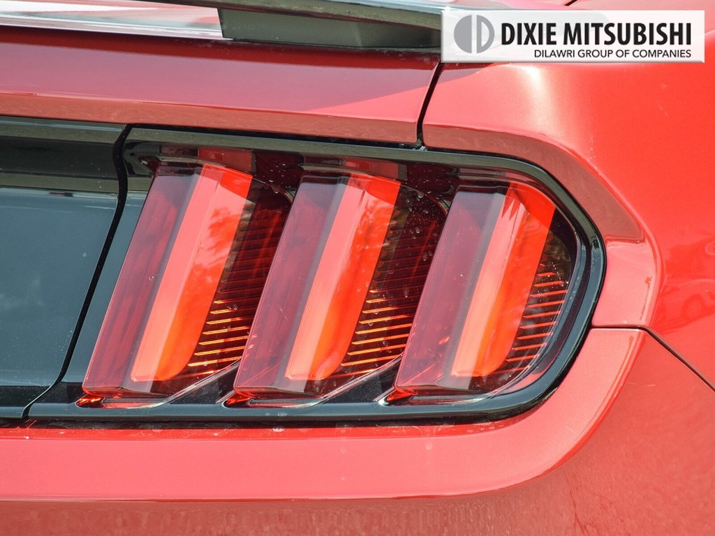 2016 Ford Mustang Coupe GT Premium in Mississauga, Ontario - 8 - w1024h768px