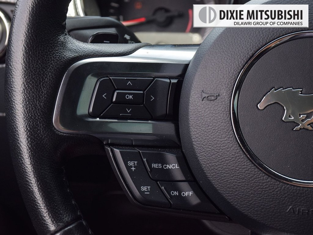 2016 Ford Mustang Coupe GT Premium in Mississauga, Ontario - 13 - w1024h768px