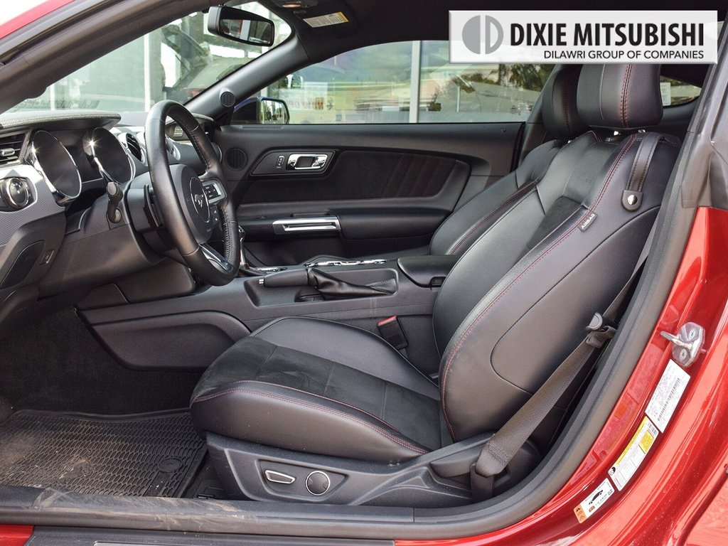2016 Ford Mustang Coupe GT Premium in Mississauga, Ontario - 10 - w1024h768px