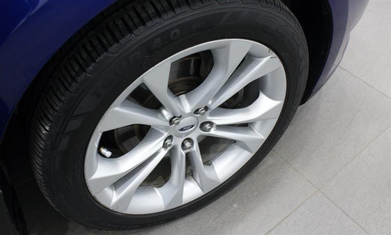 2013 Ford Taurus SEL 4D Sedan in Regina, Saskatchewan - 16 - w1024h768px