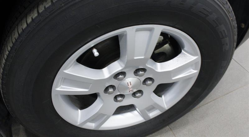 2011 GMC Acadia SLE AWD in Regina, Saskatchewan - 17 - w1024h768px