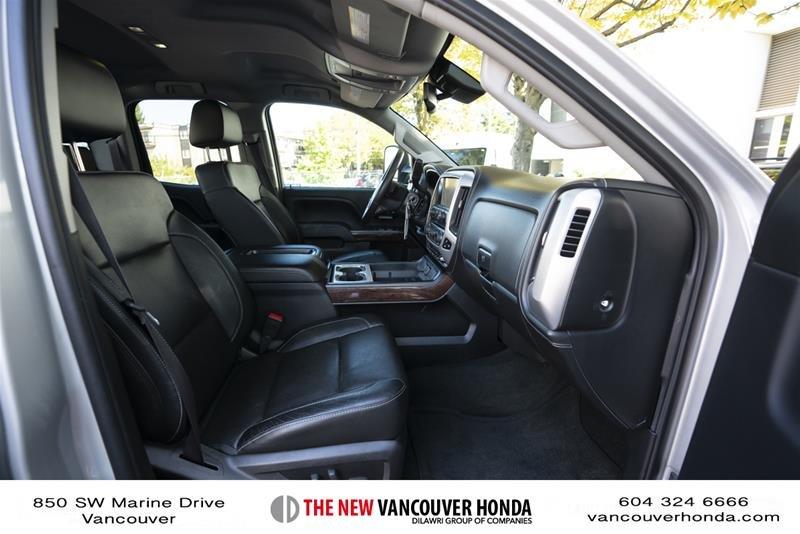 2015 GMC Sierra 3500 Crew 4x4 SLT / DRW in Vancouver, British Columbia - 13 - w1024h768px
