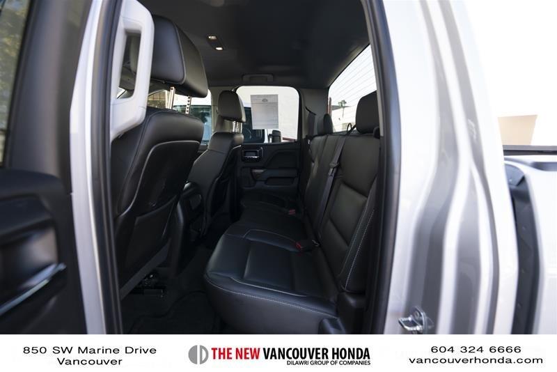 2015 GMC Sierra 3500 Crew 4x4 SLT / DRW in Vancouver, British Columbia - 16 - w1024h768px