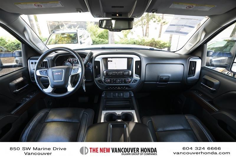 2015 GMC Sierra 3500 Crew 4x4 SLT / DRW in Vancouver, British Columbia - 15 - w1024h768px