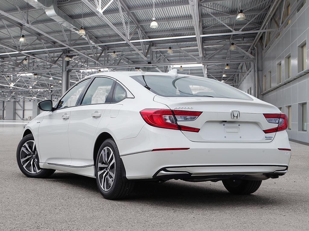 2019 Honda Accord Hybrid Sedan Touring in Mississauga, Ontario - 4 - w1024h768px