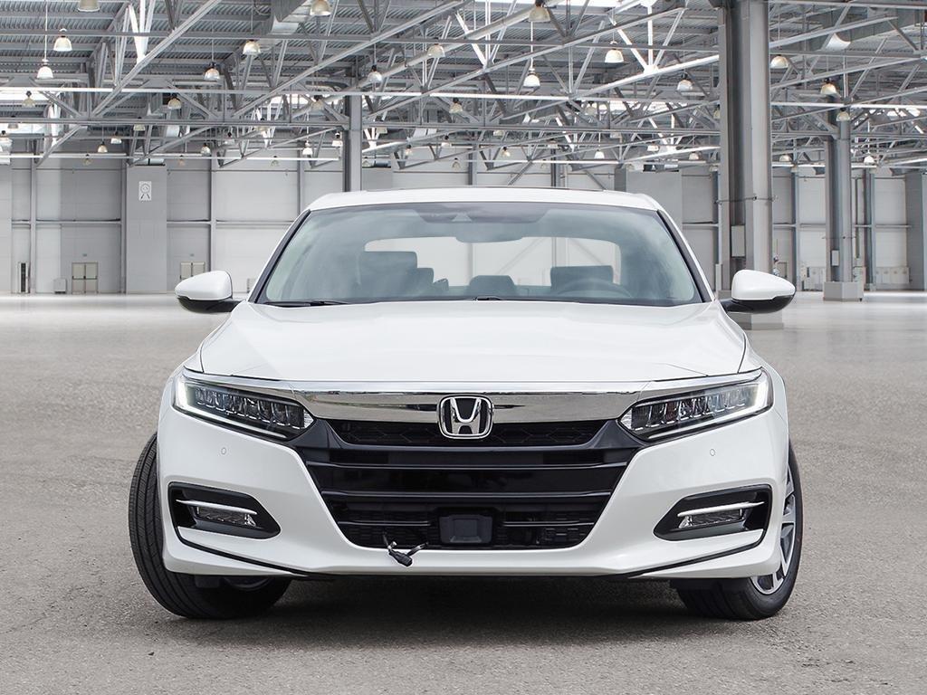 2019 Honda Accord Hybrid Sedan Touring in Mississauga, Ontario - 2 - w1024h768px