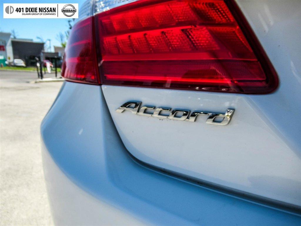 2015 Honda Accord Sedan L4 Touring CVT in Mississauga, Ontario - 22 - w1024h768px