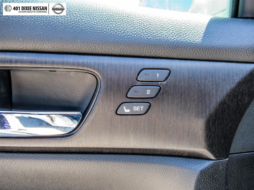 2015 Honda Accord Sedan L4 Touring CVT in Mississauga, Ontario - 44 - w1024h768px