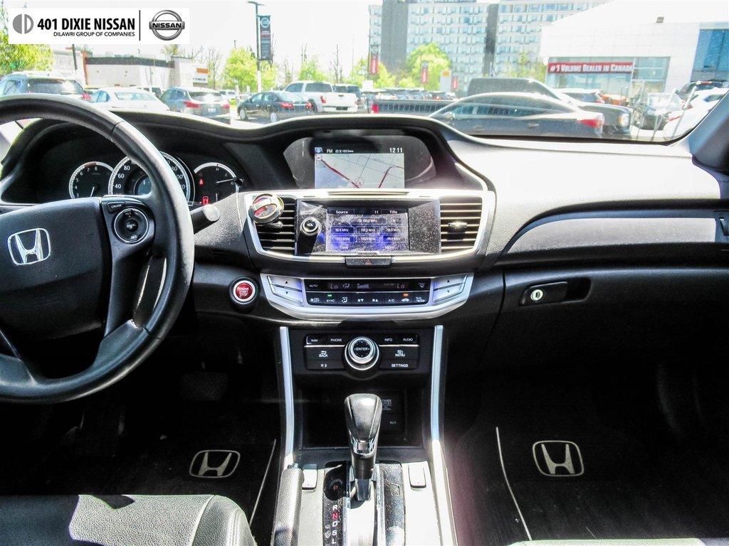 2015 Honda Accord Sedan L4 Touring CVT in Mississauga, Ontario - 12 - w1024h768px