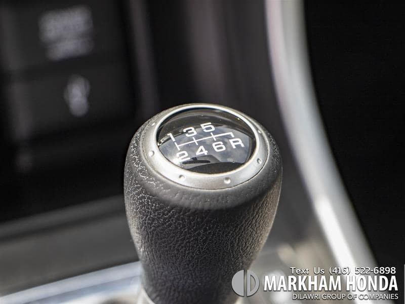 2015 Honda Accord Sedan L4 LX 6sp in Markham, Ontario - 17 - w1024h768px