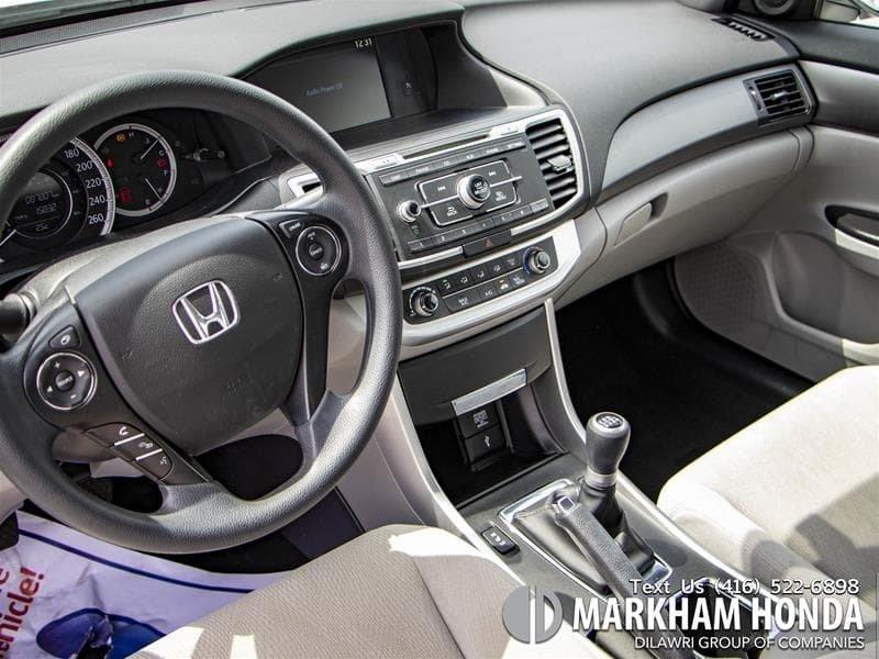 2015 Honda Accord Sedan L4 LX 6sp in Markham, Ontario - 7 - w1024h768px