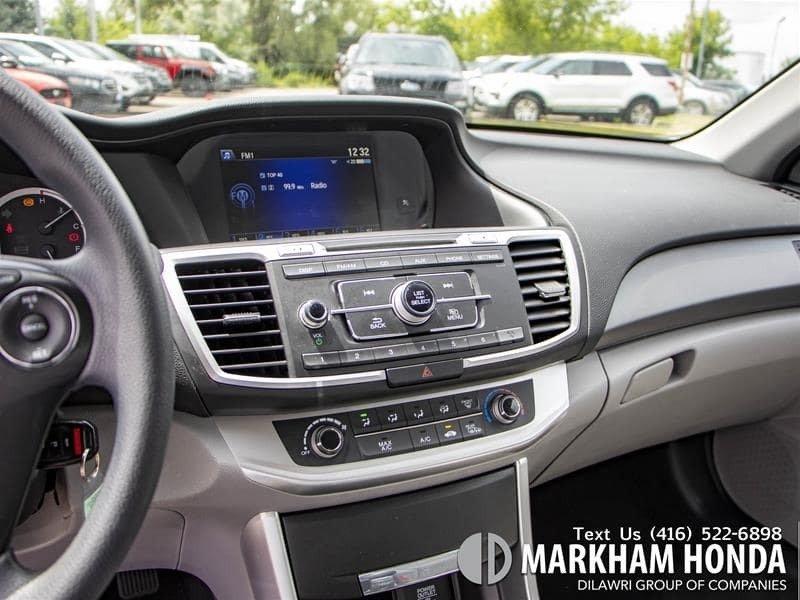 2015 Honda Accord Sedan L4 LX 6sp in Markham, Ontario - 15 - w1024h768px
