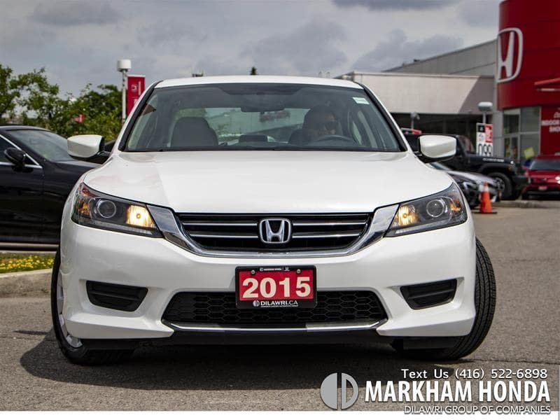2015 Honda Accord Sedan L4 LX 6sp in Markham, Ontario - 2 - w1024h768px