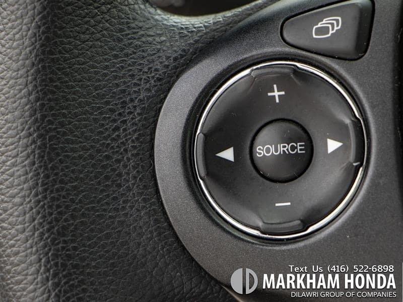 2015 Honda Accord Sedan L4 LX 6sp in Markham, Ontario - 13 - w1024h768px