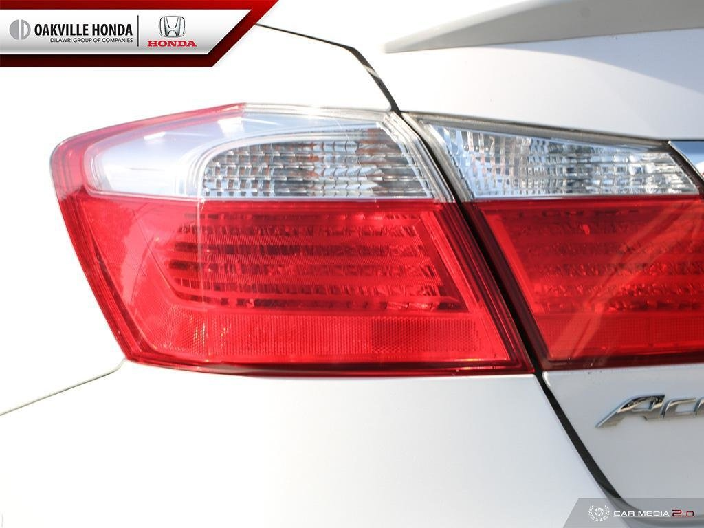 2015 Honda Accord Sedan L4 Sport CVT in Oakville, Ontario - 12 - w1024h768px