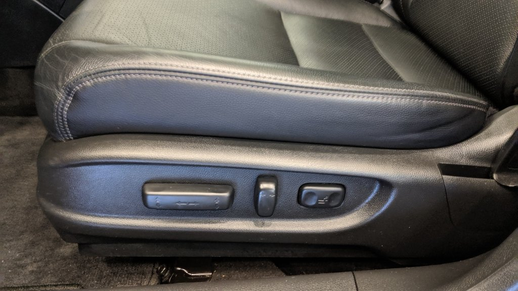 2016 Honda Accord Sedan L4 Touring CVT in Regina, Saskatchewan - 12 - w1024h768px