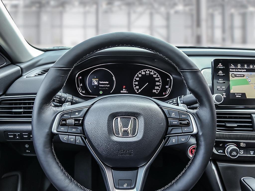 2019 Honda Accord Sedan Touring CVT in Mississauga, Ontario - 13 - w1024h768px