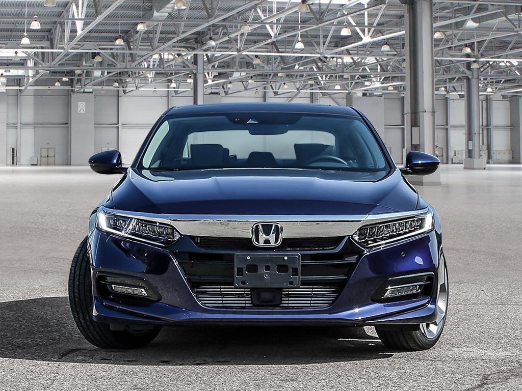 2019 Honda Accord Sedan Touring CVT in Mississauga, Ontario - 2 - w1024h768px