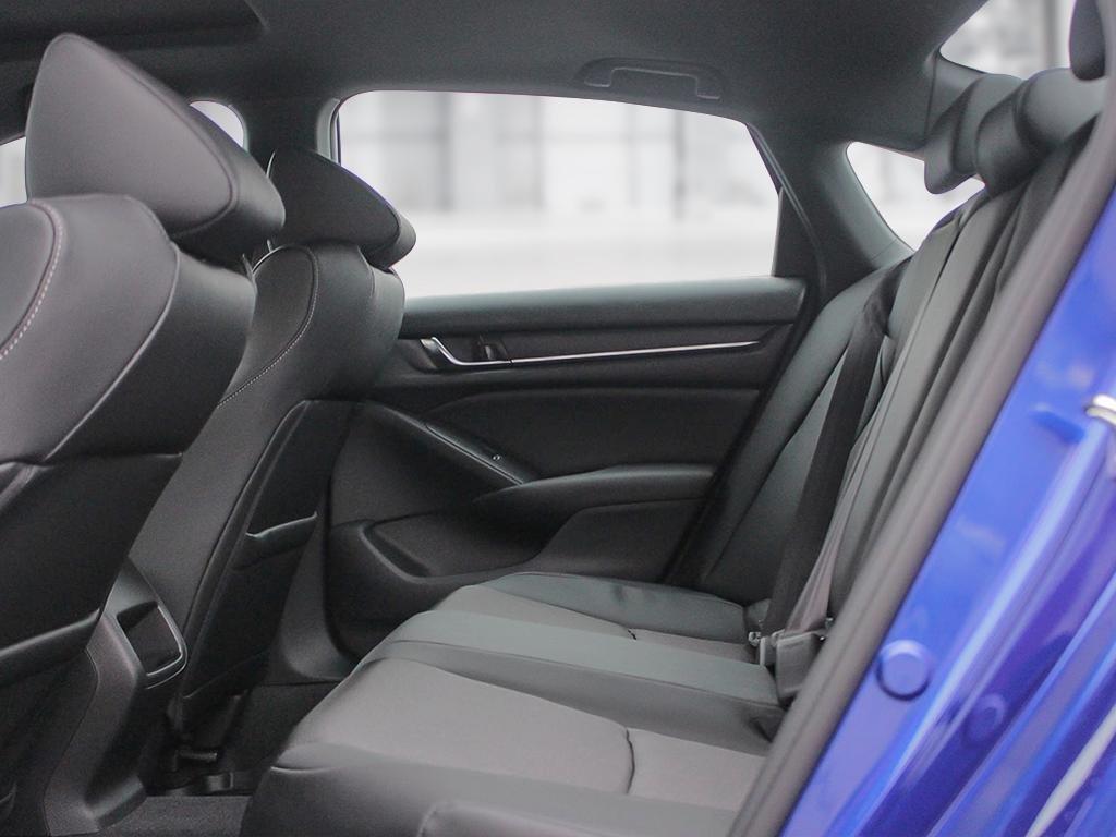 2019 Honda Accord Sedan Sport CVT in Mississauga, Ontario - 21 - w1024h768px